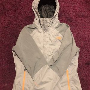 Northface Women's Lightweight Rain Jacket